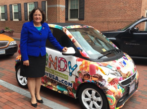 Congressional Candy Caucus Co Chair Annie Kuster (D NH) Visited Our Office During #NationalCandyMonth.