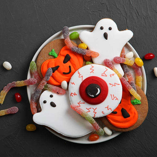 Find inspiration for a fun, creative and safe Halloween.